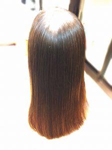 クセ毛 広がり抑える方法
