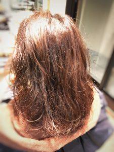 クセ毛にツヤ感 トリートメント