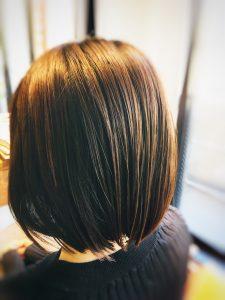 髪のうねり 解消法