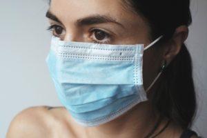 マスク 肌荒れ 防ぐ方法