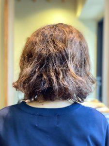 髪質改善 縮毛矯正 違い